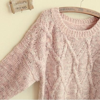 Lovely Round Loose Neckline Sweater..