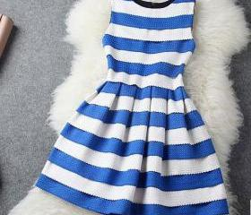 Fashion Blue White Striped Wavy Sleeveless Dress