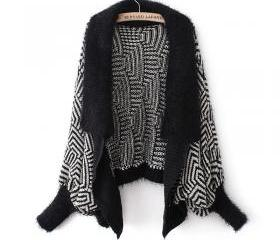 Sweaters 2014 Women Fashion Autumn Winter Hit The Color Black And White Wool Collar Bat Sleeve Cardigan Irregular Sweater