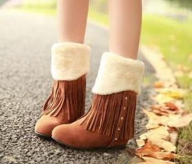 Adorable Brown Fringed And Rivet Design Warm Winter Boots