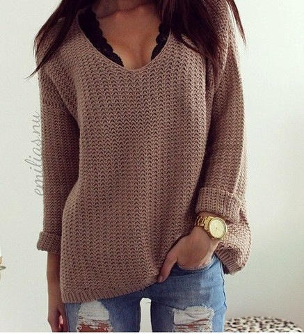 CUTE V FASHION SWEATER