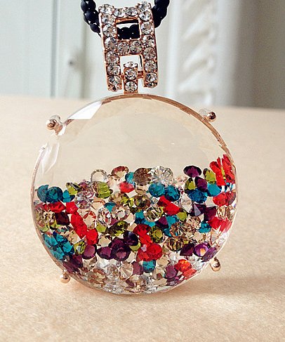 Fancy Color Round Perfume Bottle Pendant Necklace