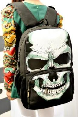 Skull pattern backpack