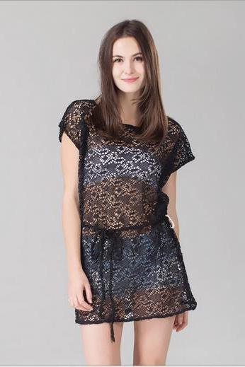 Sexy sleeveless hollow out lace dress