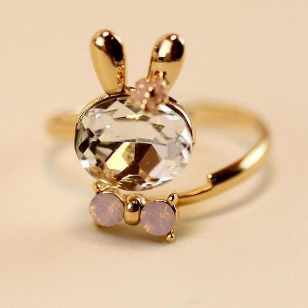Delicate Opening of embryonic rabbit crystal bow rings