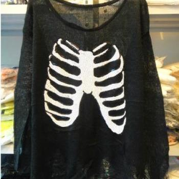 Chest Piece Print Sweater