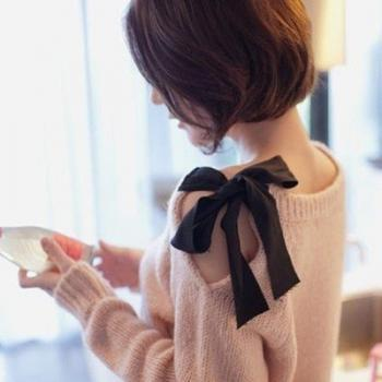 Fashion Fix bow Sweater
